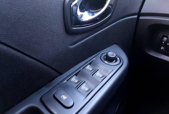 Renaultcapturposadasmisiones19