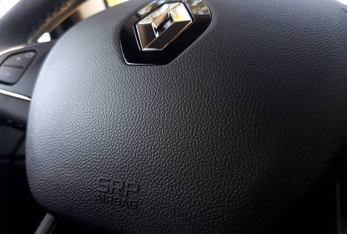 Renaultcapturposadasmisiones29