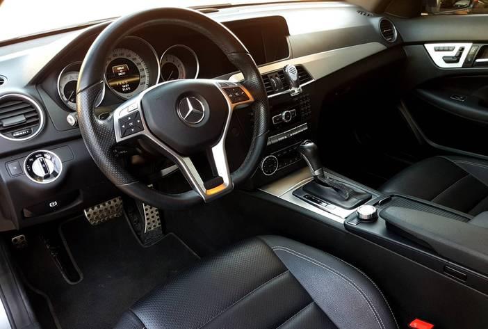 MercedesBenzc250usado10