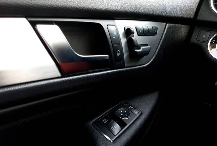 MercedesBenzc250usado18