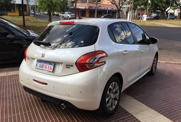 Peugeotallureusado7