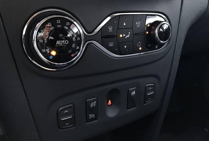 RenaultSanderoprivilege18