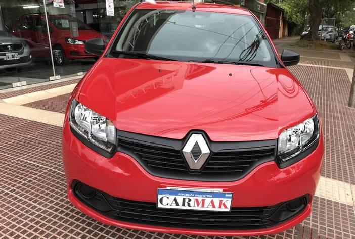 RenaultLoganPosadas2