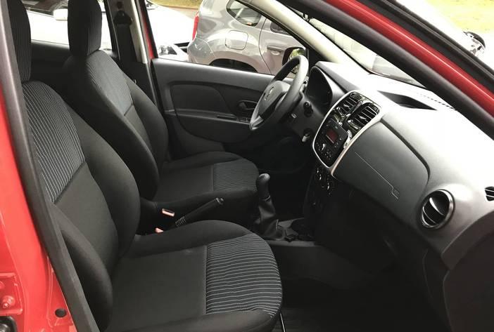 RenaultLoganPosadas13