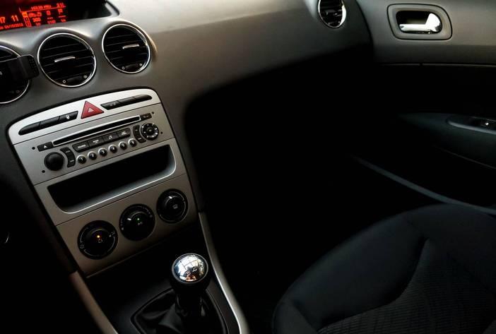 Peugeot308usado17