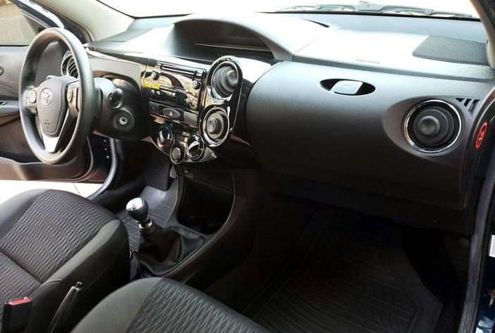 ToyotaEtiosusadosposadasmisionesagenciaautoscarmak11