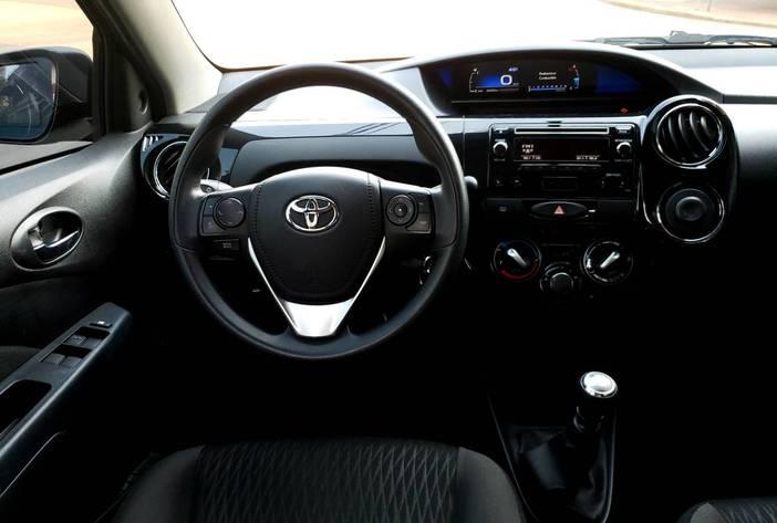 ToyotaEtiosusadosposadasmisionesagenciaautoscarmak12