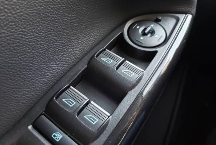 FordFocusautomaticotitaniumagenciadeautosposadas17