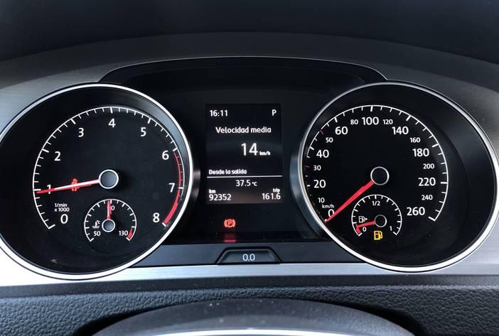 VolkswagenGolf16