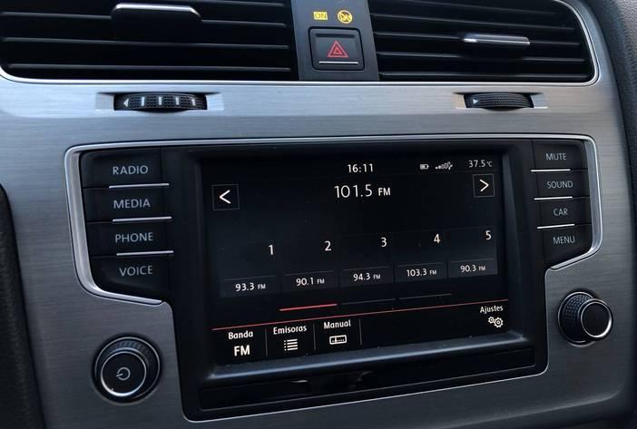 VolkswagenGolf17