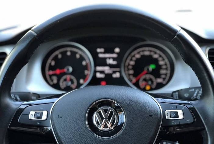 VolkswagenGolf23