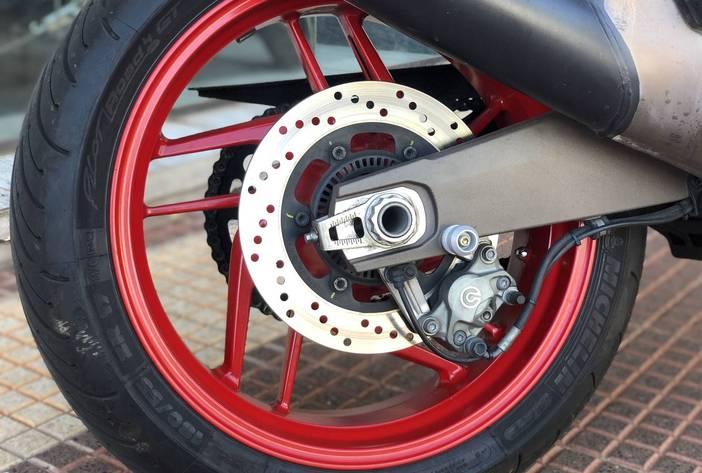 DucattiMonster821MotosUsadasCarmak5