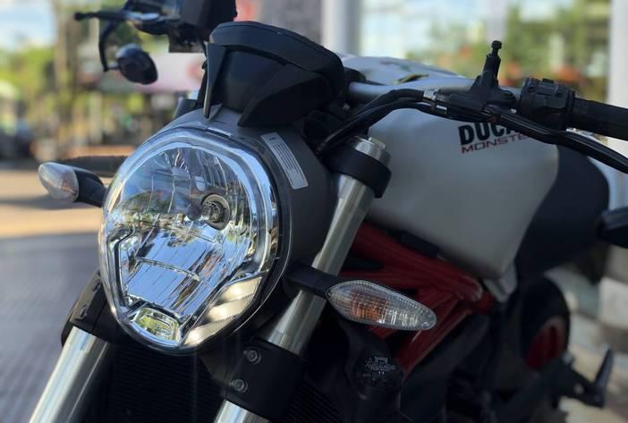 DucattiMonster821MotosUsadasCarmak11
