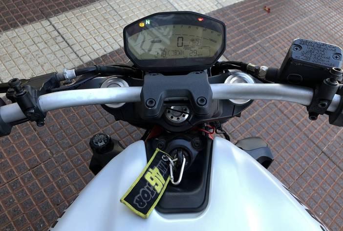 DucattiMonster821MotosUsadasCarmak12