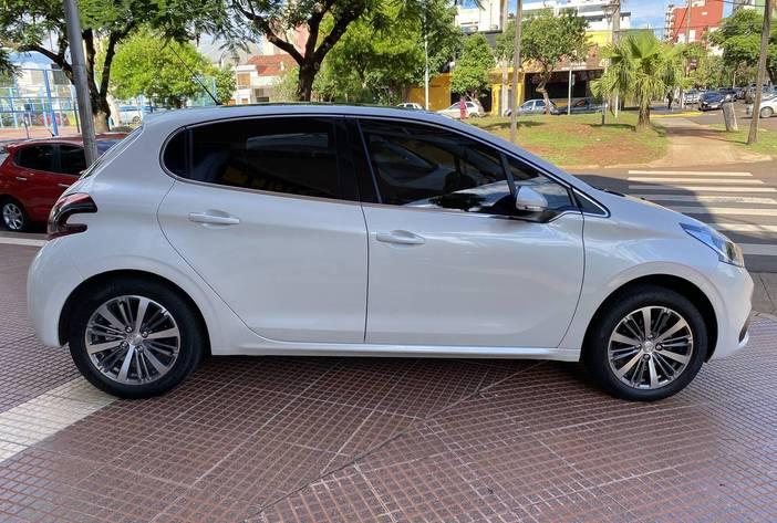 Peugeot208AutosUsadosPosadasCarmak8