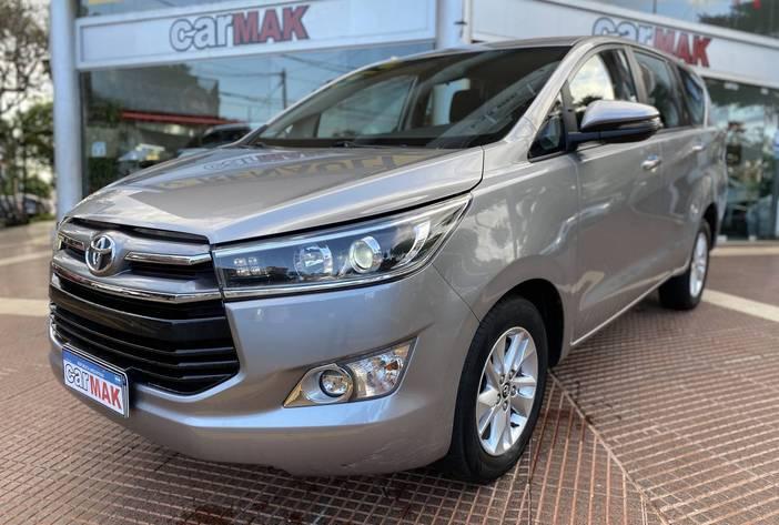ToyotaInnovaAutosUsadosPosadasCarmak3
