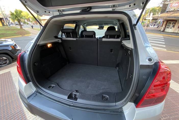 ChevroletTrackerAutosUsadosPosadasCarmak12