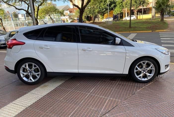 FordFocusAutosUsadosPosadasCarmak12