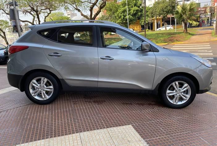 HyundaiTucsonAutosUsadosPosadasCarmak8