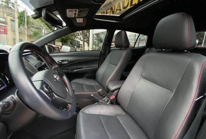 ToyotaYarisSAutosUsadosPosadasCarmak10