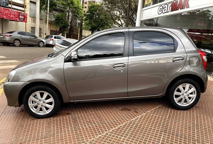 ToyotaEtiosAutosUsadosPosadasCarmak4.heic
